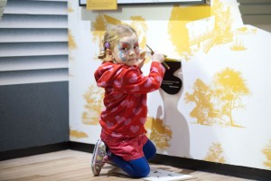 Summer Holiday activities - Dylan Thomas Centre - Swansea - UK - 10th August 2015
