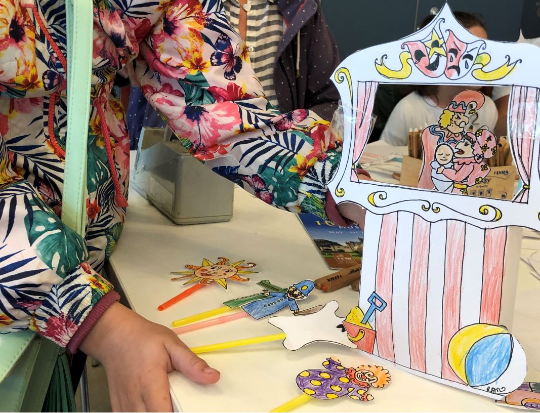 'Holiday Memory' Puppet and Theatre Workshop