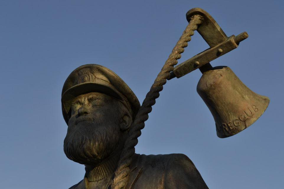 Dewch i ddarganfod… Dylan Thomas yn yr Ardal Forol